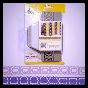 Ek Tools 2 in 1 edge punch Flourish Squares